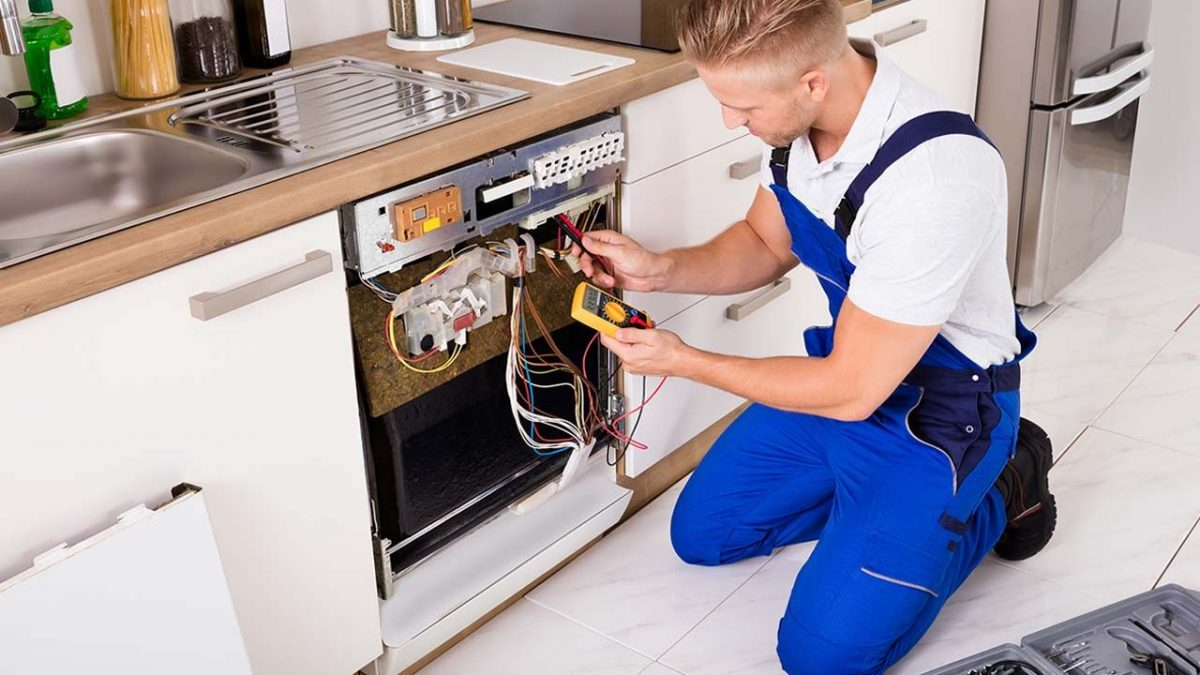 Four Reasons to Trust a Professional Appliance Technician to Fix your Appliance