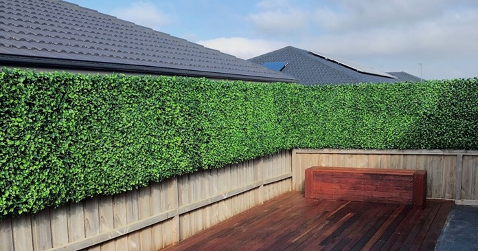 Conceding To Put-Up The Artificial Hedge Rolls